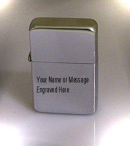 Chromiertes Benzinfeuerzeug mit personalisierter Gravur