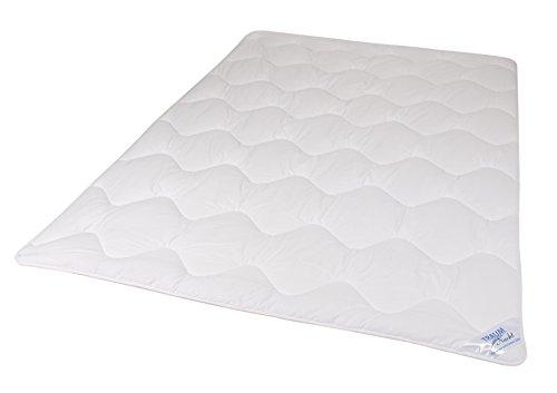 Traumnacht 4-Star Leicht, dünne und leichte Bettdecke aus Baumwollmischgewebe, 135 x 200 cm, waschbar, weiß
