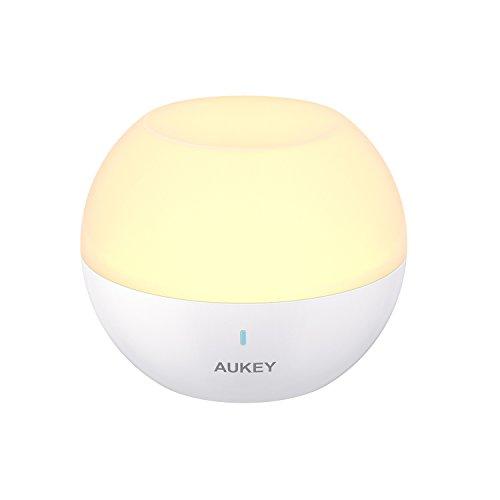 AUKEY Nachtlicht Kind, mini tragbare wiederaufladbare Nachttischlampe, IP65 Wasserdicht & Sturzfest, Mobile Wandlampe Wandleuchte mit Farbwechsel RGB, Dimmbares Weiß & Warm Licht (Weiß)