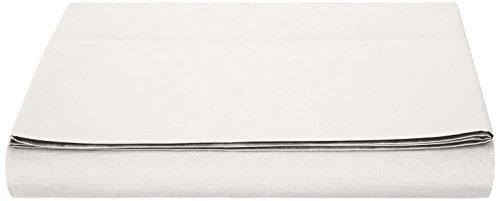 AmazonBasics Bettlaken, Poly-Baumwolle Fadenzahl 200, Weiß 240 x 320 + 10 cm