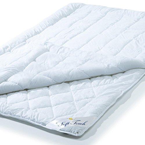 4 Jahreszeiten Bettdecke 135x200 cm Steppdecke atmungsaktiv kochfest, Ganzjahres Steppbett für Winter und Sommer aqua-textil Soft Touch 0010577