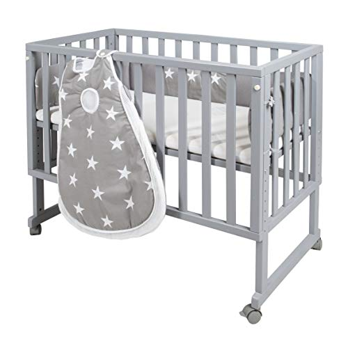safe asleep von roba Stubenbett 3 in 1  'Little Stars' Beistellbett grau, Babybett & Kinderbank aus Holz inkl. kompletter Ausstattung & Schlafsack
