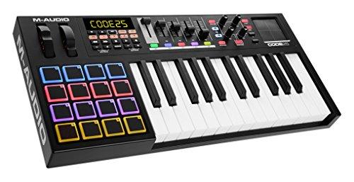 M-Audio USB MIDI Controller mit anschlagdynamischen 25-Tasten, 16  Trigger-Pads, Schwarz