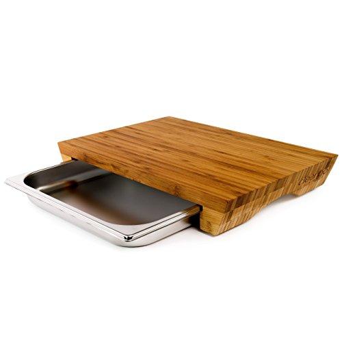 cleenbo Schneidbrett 'style bamboo' Profi Küchenbrett aus geöltem Bambus mit verschiebbarer Gastronorm Edelstahl Auffangschale (GN) 1/2, Board Maße: 420 x 290 x 60 mm