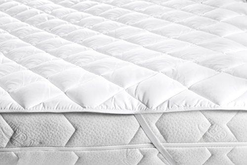 ZOLLNER Topper / Matratzenauflage / Matratzenschoner weiß, Größe ca. 140x200 cm, ca. 2 cm Gesamthöhe, in weiteren Größen erhältlich, vom Hotelwäschespezialisten, Serie 'Soft-Topper'