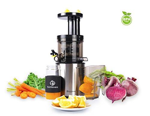NUTRILOVERS Slow Juicer Entsafter Saftpresse | Entsaftet elektrisch Obst und Gemüse | nur 45 U/min | BPA-Frei - ULTEM | Rezeptbuch; silber