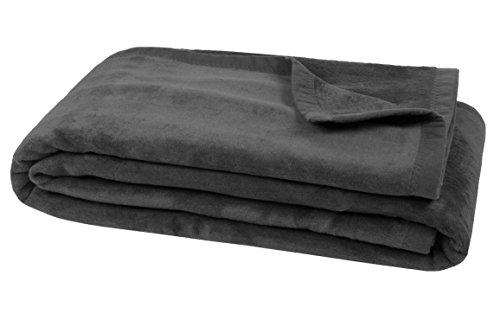 ZOLLNER trendige Kuscheldecke / Wolldecke / Wohndecke / Tagesdecke grau 150x200 cm, in weiteren Farben und Größen erhältlich, vom Hotelwäschespezialisten, Serie 'Colorado'
