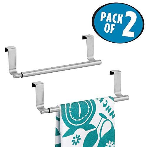 mDesign 2er-Set Handtuchhalter Teleskop - Edelstahl Geschirrtuchhalter (BHT: 24,0 x 7,0 x 6,5 cm) ausziehbar zum Hängen über die Schranktür - Türhandtuchhalter für 2 Geschirrtücher - silberfarben