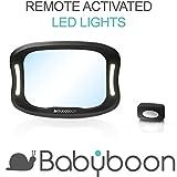 Rücksitzspiegel für Babys LED-Licht - Behalten Sie Ihr Kind auch im Rückwärts-Sitz klar im Auge. Bei der Entwicklung des Babyboon Premium-Spiegels stand Sicherheit an erster Stelle: Bruchsicher | Rutschfest | 360° Anpassbar | Für alle Fahrzeugmodelle geeignet | Einfache Installation. JETZT TESTEN!