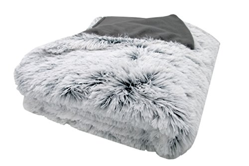 ZOLLNER Wendedecke / Kuscheldecke / Wohndecke / Wolldecke eine Seite in Felloptik die andere glatt, 150x200 cm grau-weiß, in weiteren Größen verfügbar, vom Hotelwäschespezialisten, Serie Polar