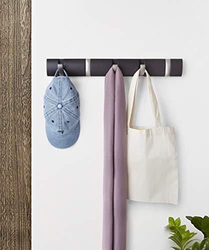 Umbra Flip 5 Garderobenhaken – Moderne, Schlichte und Platzsparende Garderobenleiste mit 5 Beweglichen Haken für Jacken, Mäntel, Schals, Handtaschen und Mehr, Espresso