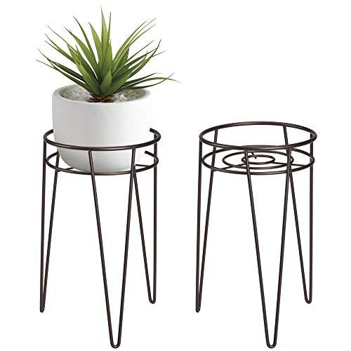 mDesign Blumenständer - runder Pflanzenständer aus Metall - Moderne Blumensäule im industriellen Stil für Wohnzimmer, Schlafzimmer etc.