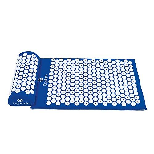 Ergotopia Akupressurmatte zur wohltuenden Entspannung / Massagematte für ruhige Momente und bessere Durchblutung / Inklusive Akupressurkissen (Blau, 68 x 42cm)
