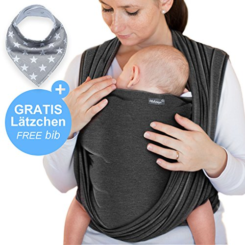 Babytragetuch Dunkelgrau – hochwertiges Baby-Tragetuch für Neugeborene und Babys bis 15 kg – aus schonender Baumwolle – inkl. Aufbewahrungsbeutel und GRATIS Baby-Lätzchen – liebevolles Design von Makimaja