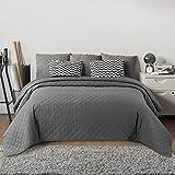 Bedsure Gesteppte Tagesdecke 220x240 cm Grau für Doppelbett Schlafzimmer, moderner Karierter Bettüberwurf Uni Wende-Design, hypoallergene atmungsaktive Mikrofaser Steppdecke