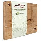 Bella Cucina Original Bambus Schneidebrett 2er Set | Massive Küchenbretter aus Holz als Einzel- und 2er Set | Inklusive Saftrille und Loch zum Aufhängen (2er Set)