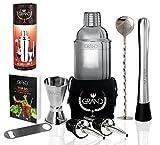 Cocktailshaker Set von GRAND – Das Geschenkeset beinhaltet 1x Edelstahlshaker, 1x Premium Doppel-Messbesser, 1x Stößel, 1x Mixlöffel, 1x Flaschenöffner, 1x CocktailRezepte-Ebook.