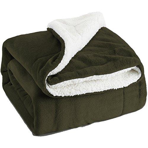 Bedsure Sherpa Decke Flauschige Kuscheldecke/Wohndecke, Super weiche Fleece Sofadecke/Überwurfdecke, extrem warm mit doppelt genäht zweiseitige sherpawoll&Flanell