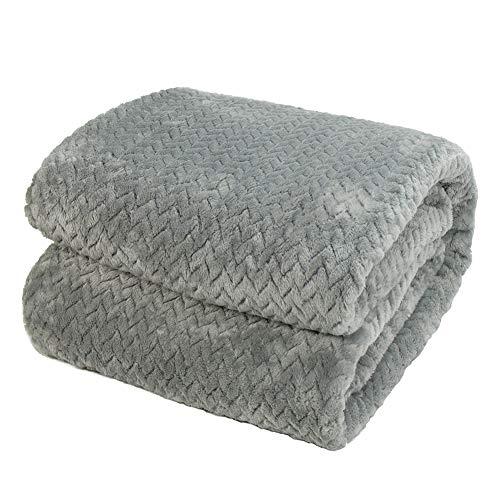 Kuscheldecke Grau 150x200cm Wohndecke Flauschig mit Rautenmuster Warm und Weich Mircofaser Ideal als Tagesdecke Sofadecke