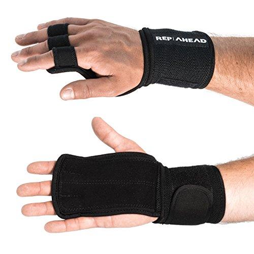 REP AHEAD Wodsters 2.0 – Handgelenk Bandagen mit Handschutz (2 in 1) – Trainingshandschuhe für Crossfit, Bodybuilding, Gym – 100% Schutz durch Griffpolster + Handgelenk Bandage - Fitness Handschuhe
