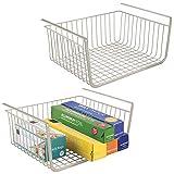 mDesign 2er-Set Hängekorb aus rostbeständigem Metall - großer Aufbewahrungskorb für die Küche und Vorratskammer - robuster Drahtkorb für Lebensmittel und Küchenutensilien - mattsilberfarben