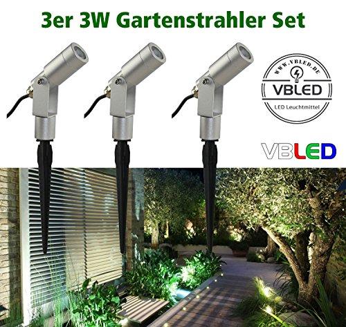 VBLED 3er-Set 3W Gartenstrahler Komplettset IP65 12V inkl. Netzteil und Verbindungsstecker - wassergeschützter Spießstrahler / Spotleuchte / Außenbeleuchtung - zuverlässige Qualität [Energieklasse A+] (Warmweiß)