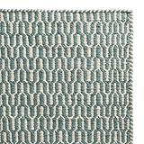 URBANARA Teppich 'Overod' - 100% Woll-Baumwoll-Mischung, Türkis/Eierschale im geometrischen Design - 140 x 200 cm. Moderner Woll-Teppich fürs Schlafzimmer, Wohnzimmer, Esszimmer etc.