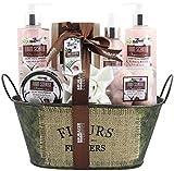 BRUBAKER Cosmetics Bade- und Dusch Set 'Coconut Milk & Strawberry' - Kokosnuss & Erdbeer Duft - 10-teiliges Geschenkset in Vintage Wanne